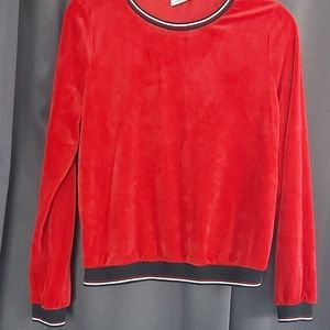 Only long sleeve top